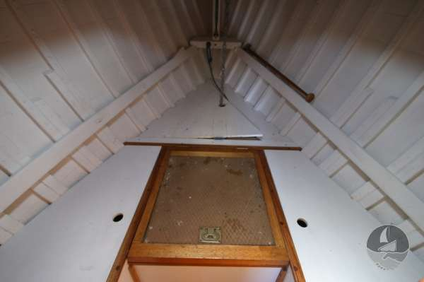 Vertue Classic Wooden Yacht the forward berths - Toilet below