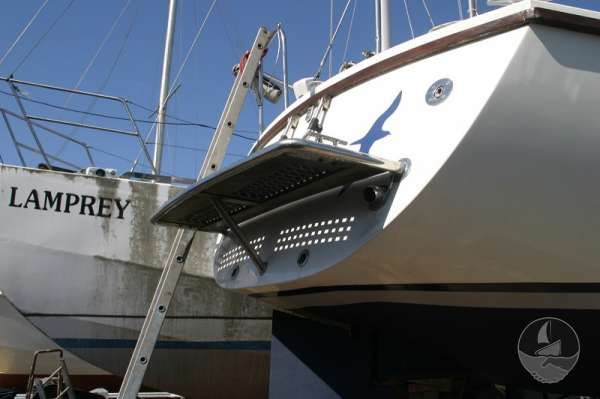 Westerly Fulmar 32 The stern boarding platform -