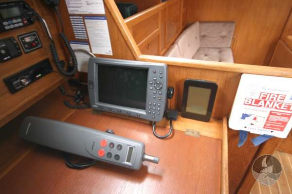 Westerly Fulmar 32 the navigation table -