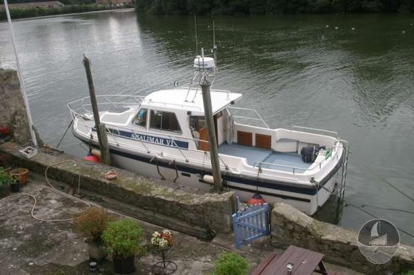 Aquastar 33 Alongside -