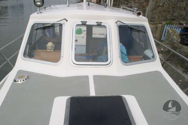 Aquastar 33 Wheelhouse view -