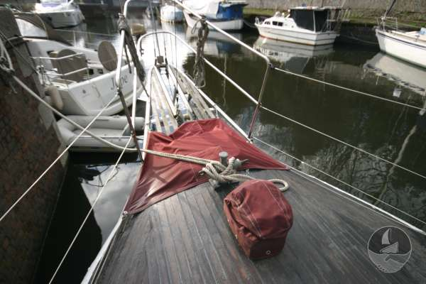 Wooden Classic 34 Foredeck view - Bowsprit
