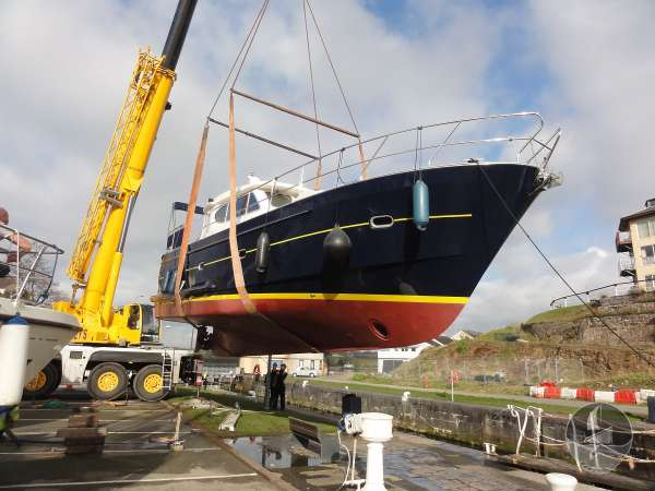 Elling E3 Executive Specification Into the dock -