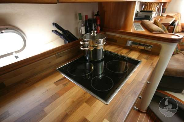 Elling E3 Executive Specification The galley hob -