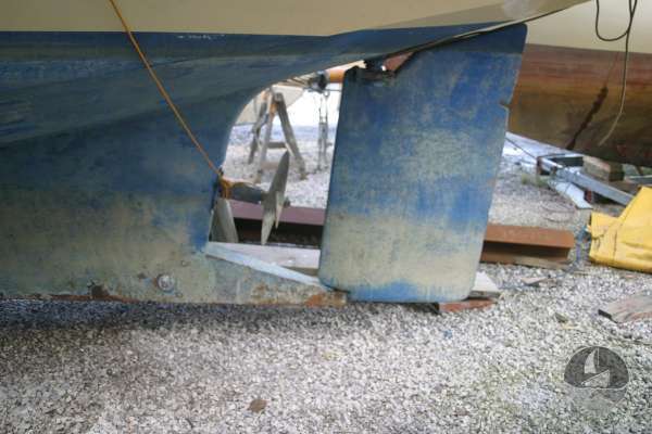 Keyhaven Yawl Rudder and propellor -