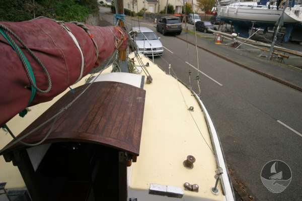 Westerly 22 Starboard side view -