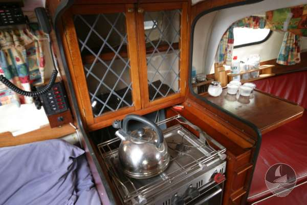 Westerly 22 The galley -