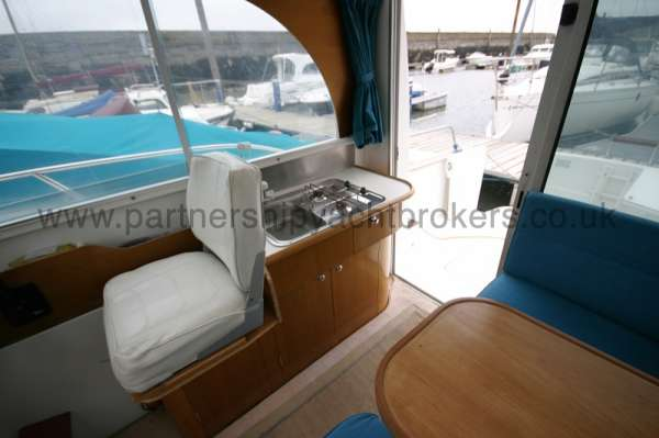 Beneteau Antares 760 Wheelhouse view - The helmsman's seat