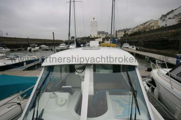 Beneteau Antares 760 The wheelhouse -