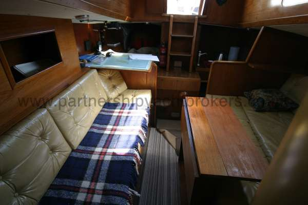Sparkman & Stephens She Delta 94 The saloon looking aft -