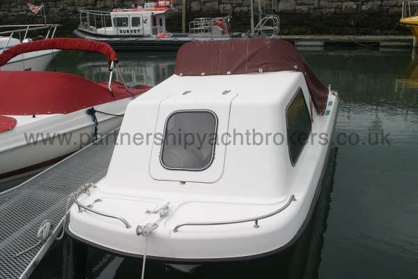 Seahawk Sportsboats 17 with cover -