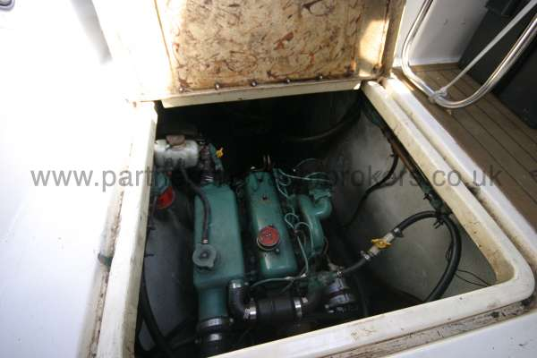 Meridian 31 The engine compartment -