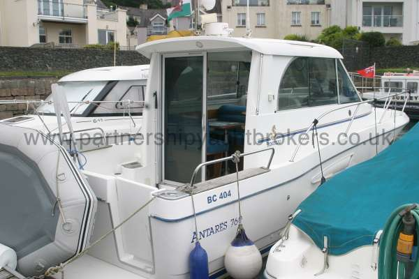 Beneteau Antares 760 Starboard quarter view -
