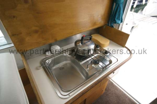 Beneteau Antares 760 The galley -
