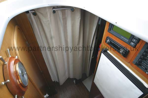 Beneteau Antares 760 The lower cabin - Is behind the curtain