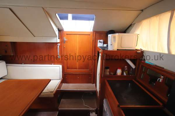 Fjord Sedan 32 The saloon looking aft -