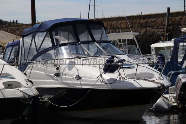 Regal 2665 Commodore Starboard side -