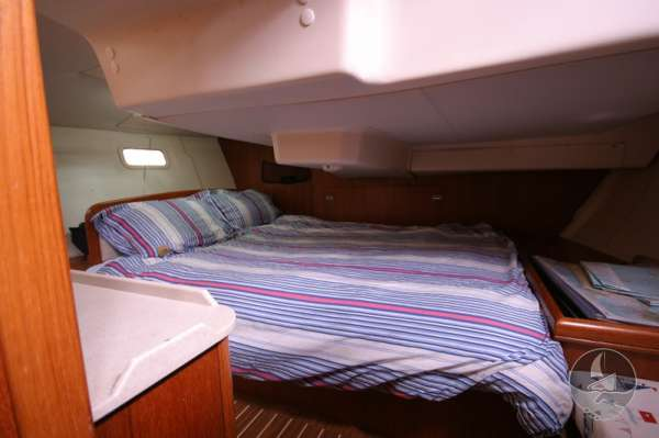 Hunter Legend 38 Aft cabin -