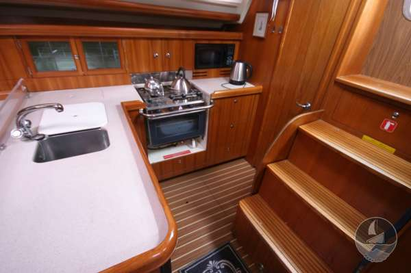Hunter Legend 38 galley view -