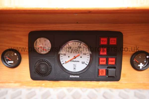 Sovereign 400 Engine control panel -