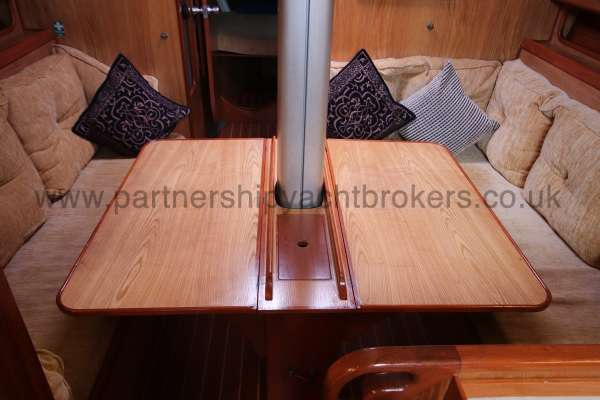 Sovereign 400 Saloon table extended -