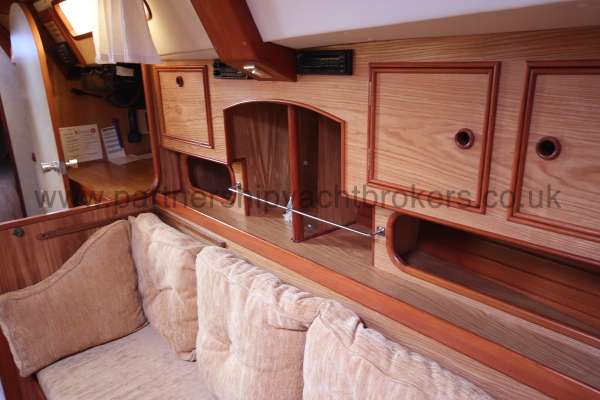 Sovereign 400 An example of cabin joinery - All of the highest quality