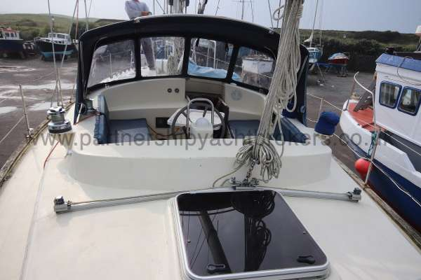 Ocean Cruising Sea Trader  41 ft Yacht After deck view - Looking foreward