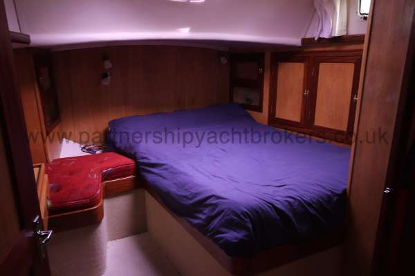 Ocean Cruising Sea Trader  41 ft Yacht The owners cabin - A large double berth