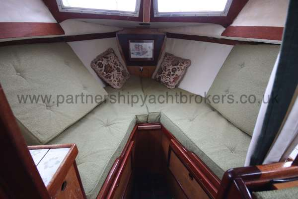 Colvic Family Fisher The fore cabin - Two single berths