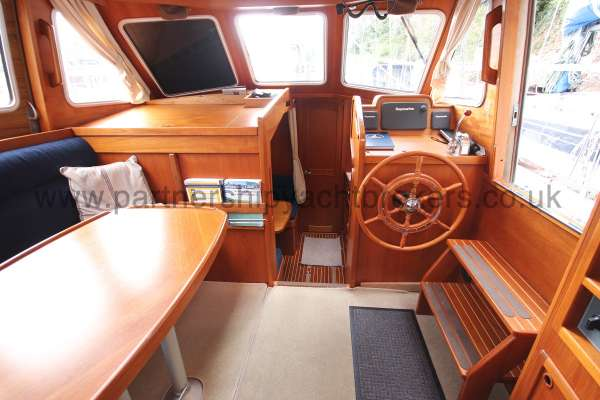 Nauticat 331 The deck saloon - Seen from aft