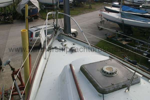 Halmatic 30 Fore deck view -