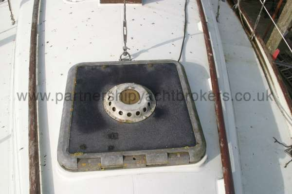 Halmatic 30 Fore hatch -