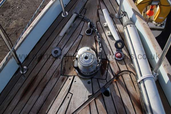 Nicholson 35 The electric windlass -